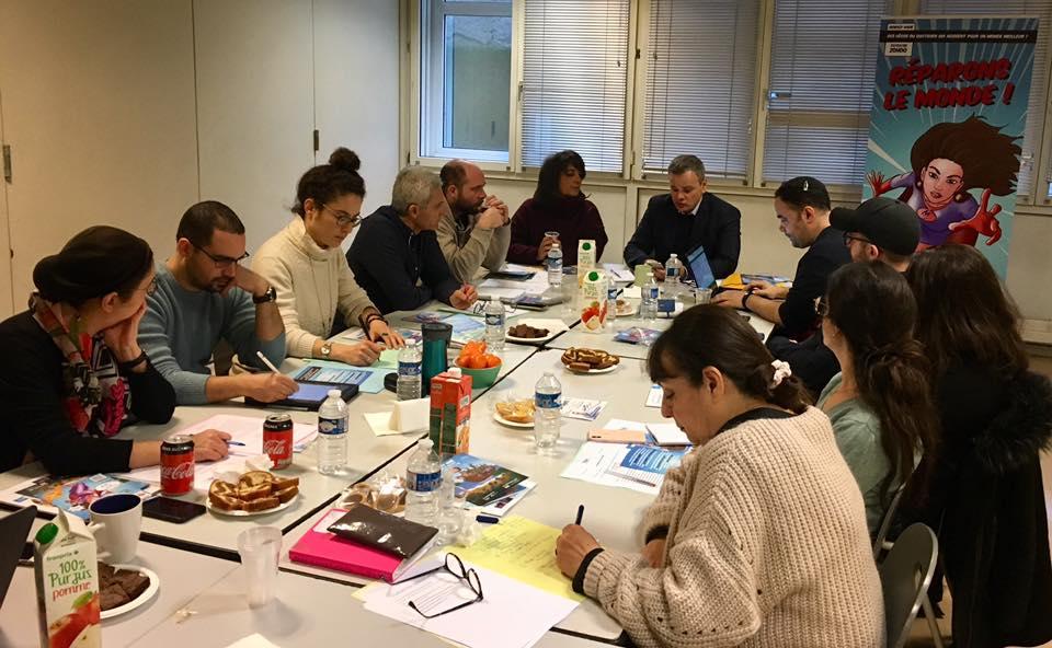 les responsables de mouvements de jeunesse juifs réunis avec noe pour la jeunesse et le fsju