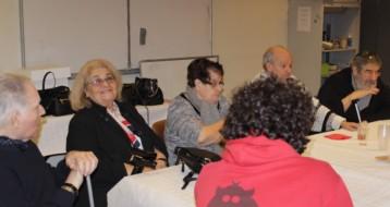 Début de l'atelier discussions animé par Diana Attia du Réseau Ezra pour les personnes âgées